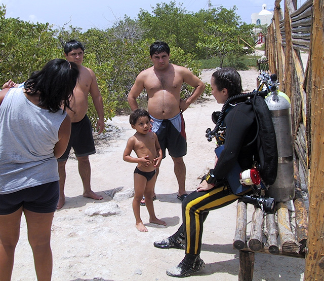 Thre are not that many female cave divers, and even fewer who speak fluent Spanish. So sometimes I attract a crowd of people curious about what all these crazy gringos are doing in rubber suits.