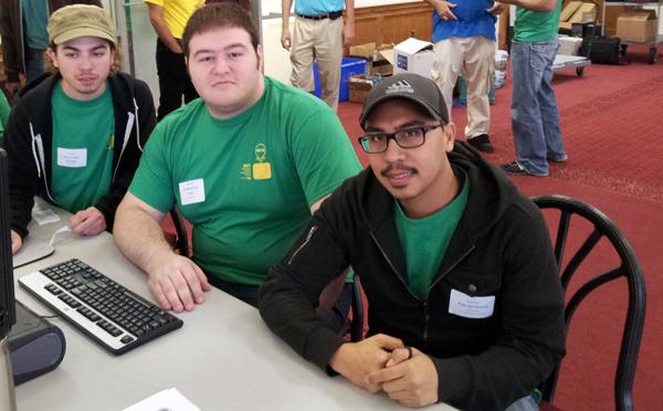 U Computer Programming Team Competes in Regional Contest