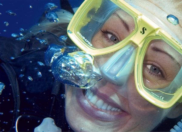 New Year's Resolution: Get Scuba Certified or Get a Scuba Refresher
