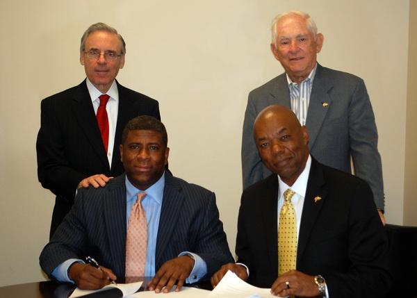 McKinley Insurance Donates $50,000 to NSU Business School