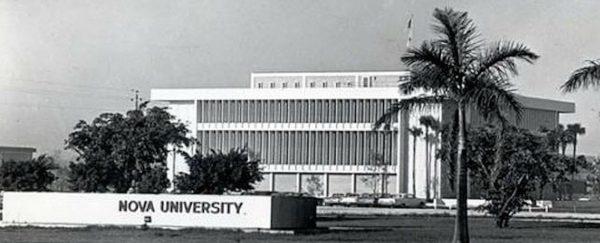 Mailman-Hollywood Building, circa 1970