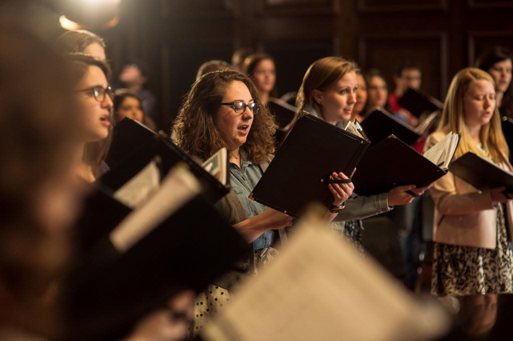 choral students in the smith center