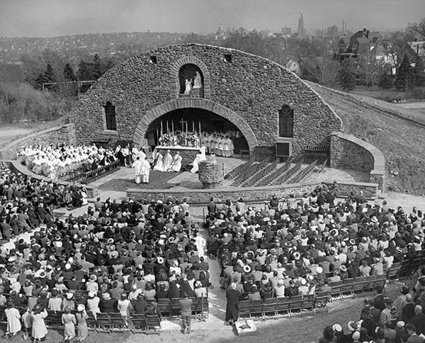 War Memorial Grotto dedication, 1948