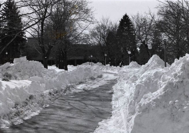 Huge snowbanks during the blizzard of 1978