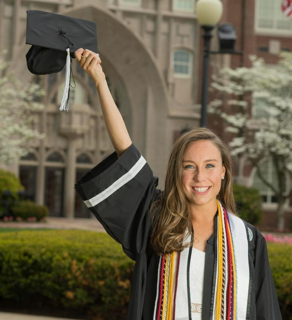Sarah Kelley '18 will work as a legal assistant while applying to law school.