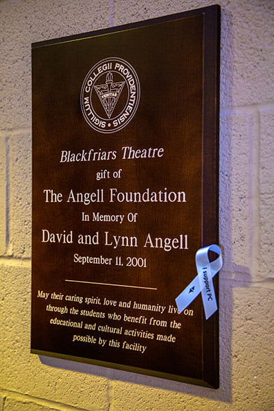Plaque commemorating the gift in memory of David '69 and Lynn Angell