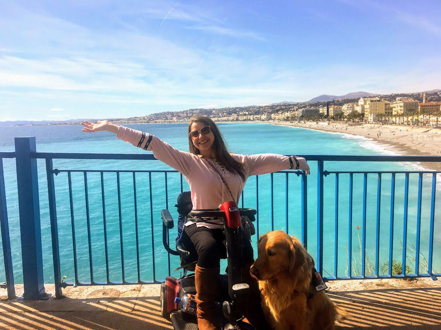 Jacquie Kelley '20 and Moose in Nice, France