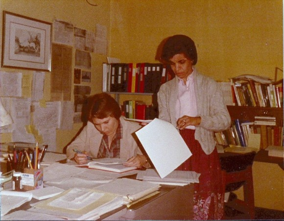 A Pic W308 Office Sue and Beck June 1985