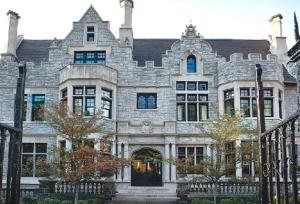 mansion-exterior
