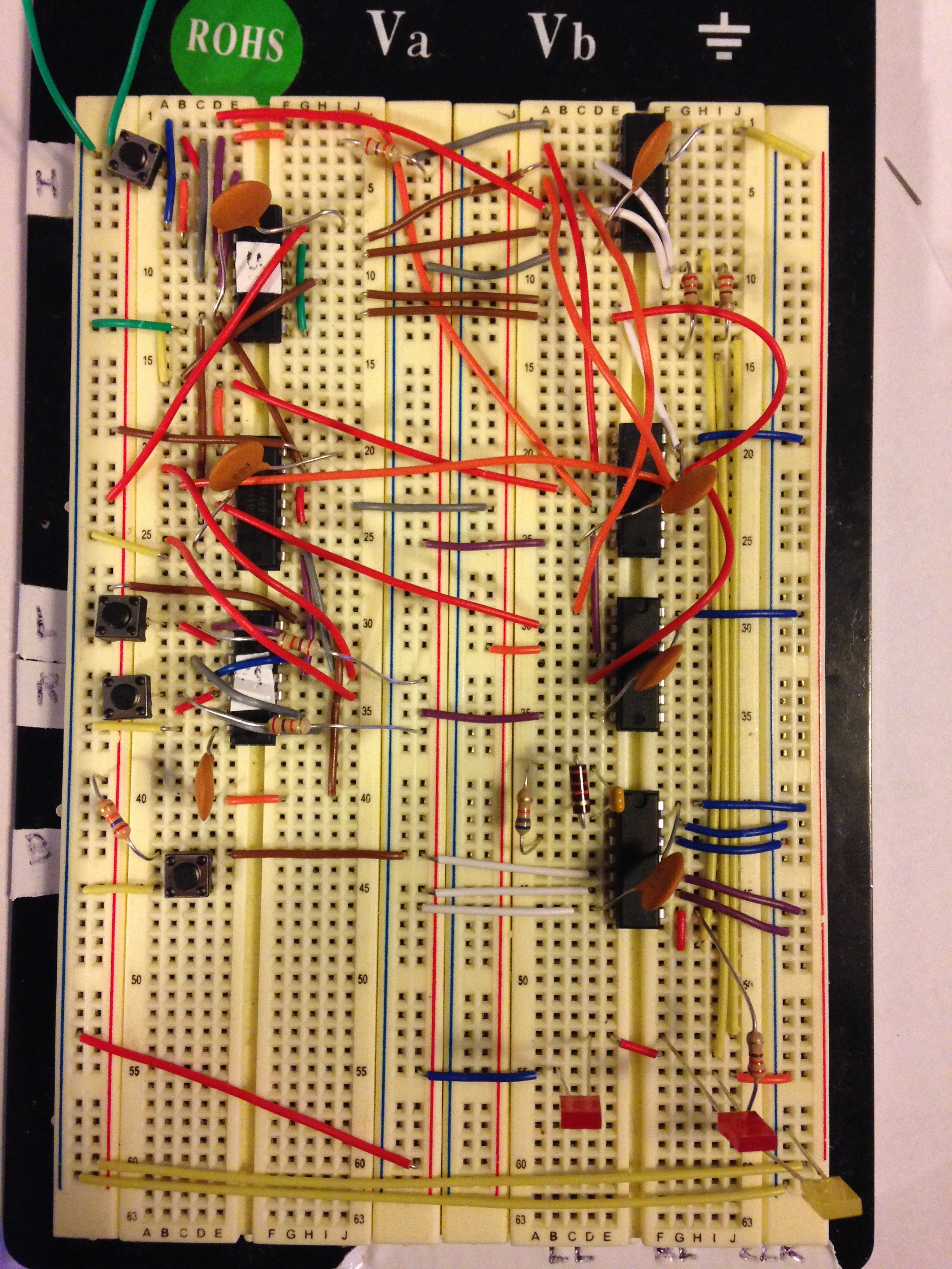 Accomplishments Where Integrated Circuits Are Used It Utilizes Discrete Logic To Realize A Finite State Machine This Circuit Uses Total Of 7 The Ic Components
