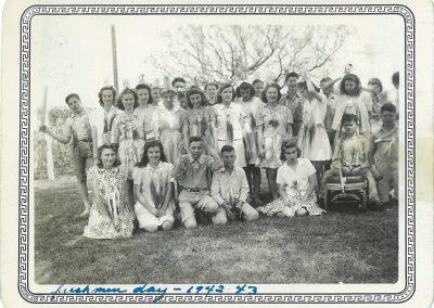 Freshmen students during Freshman Day 1942-43