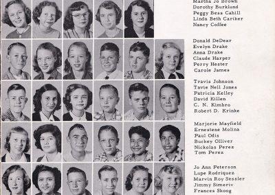1951-52 8th grade class