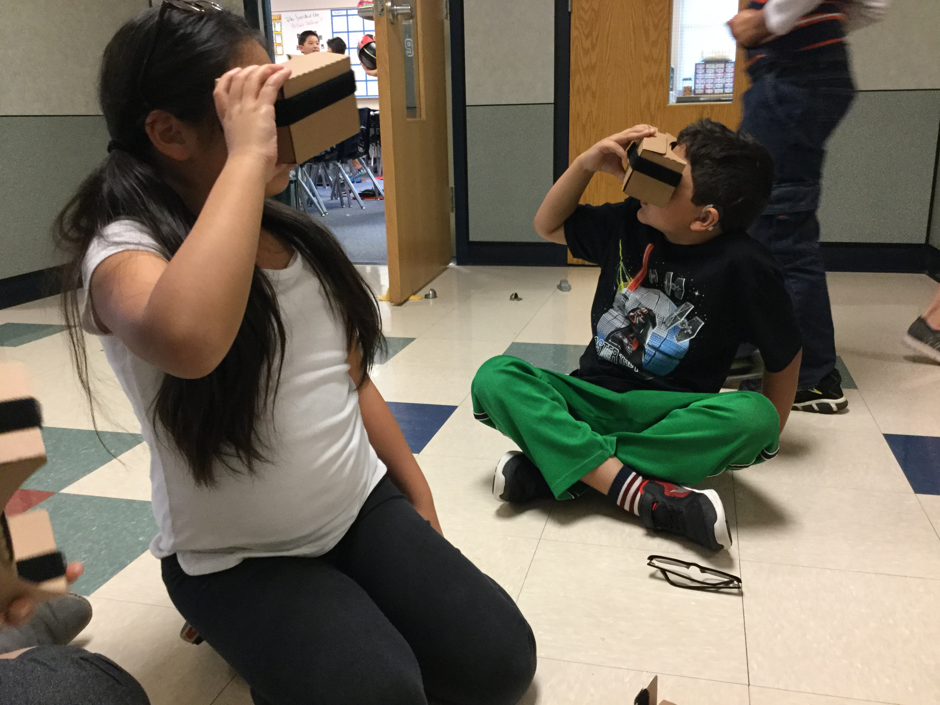 CRE Ms. Scaro's Class Does VR!