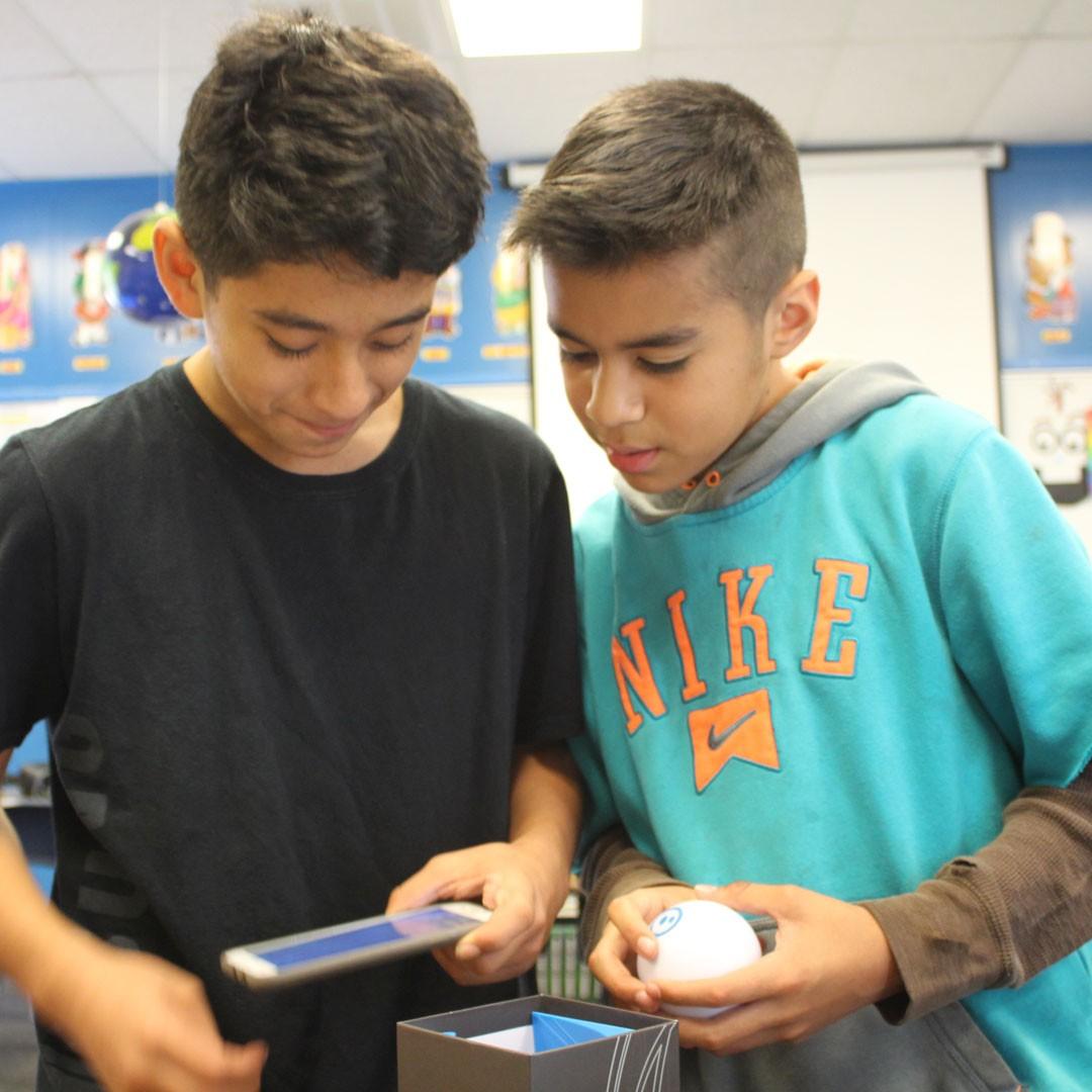 Innovative School Grant fuels creativity, hands-on tech in Grisham 'STEM Den'
