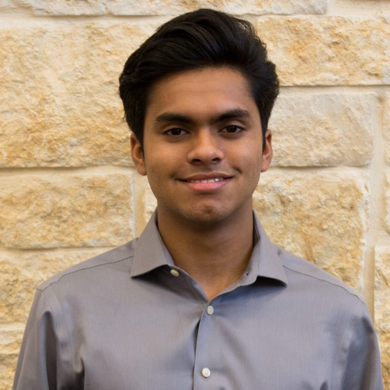 Cedar Ridge Valedictorian heads to UT, sets sights on computer science industry