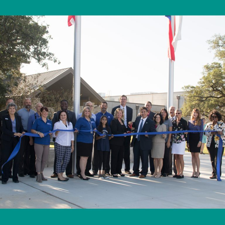 Pearson Ranch Middle School celebrates inaugural year during ribbon cutting