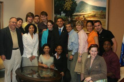 Suffolk Delegates meet with Salvadoran officials