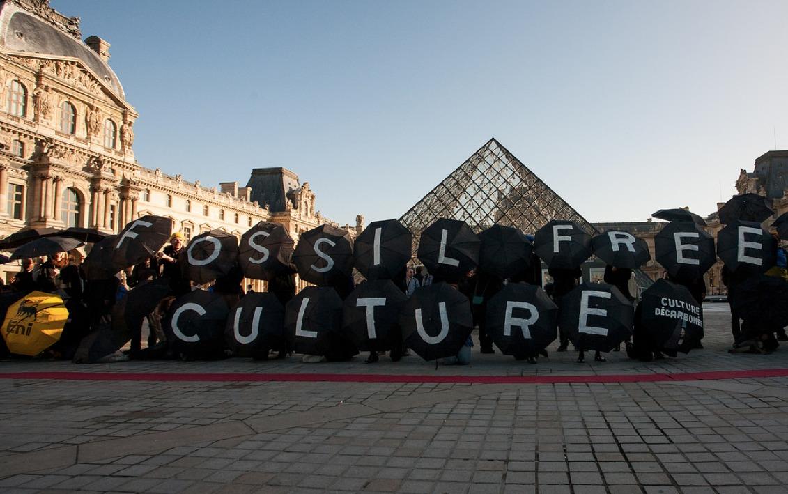 Louvre-Divestment-2015-sm