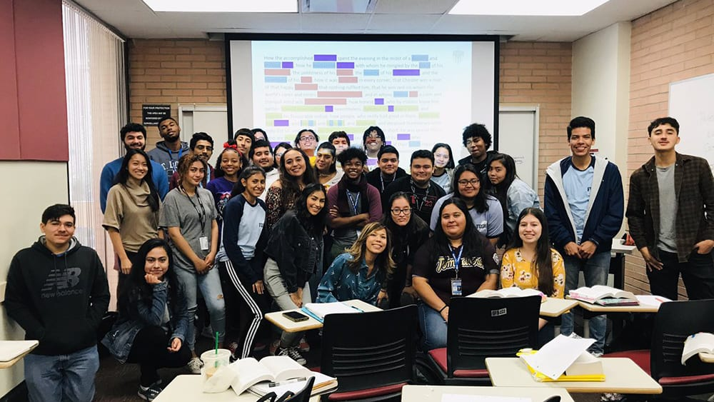 Open University: AP literature students at USC's campus with their undergrad mentors redefine the borders dividing educational institutions.