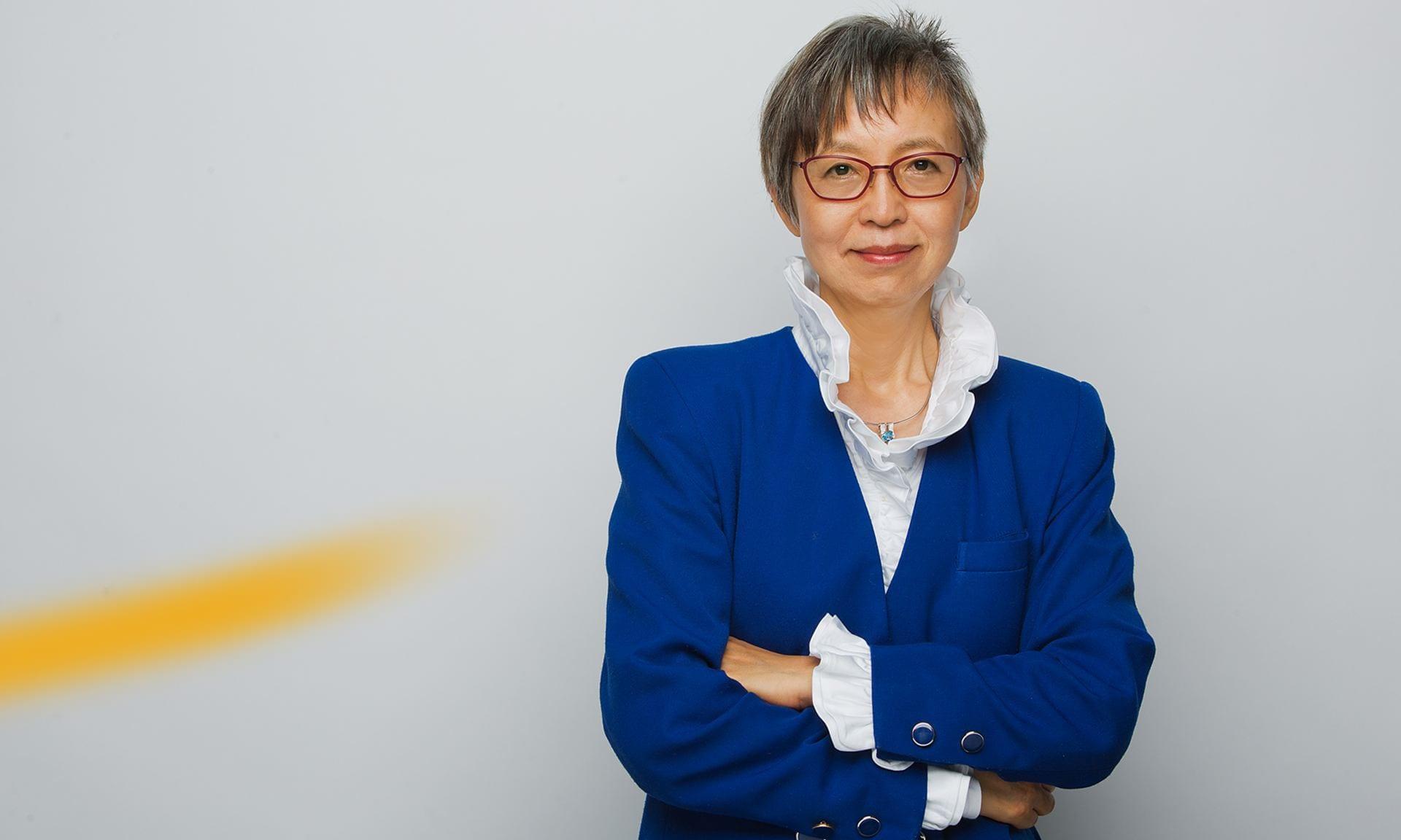 Hi Kyung Kim, Composer