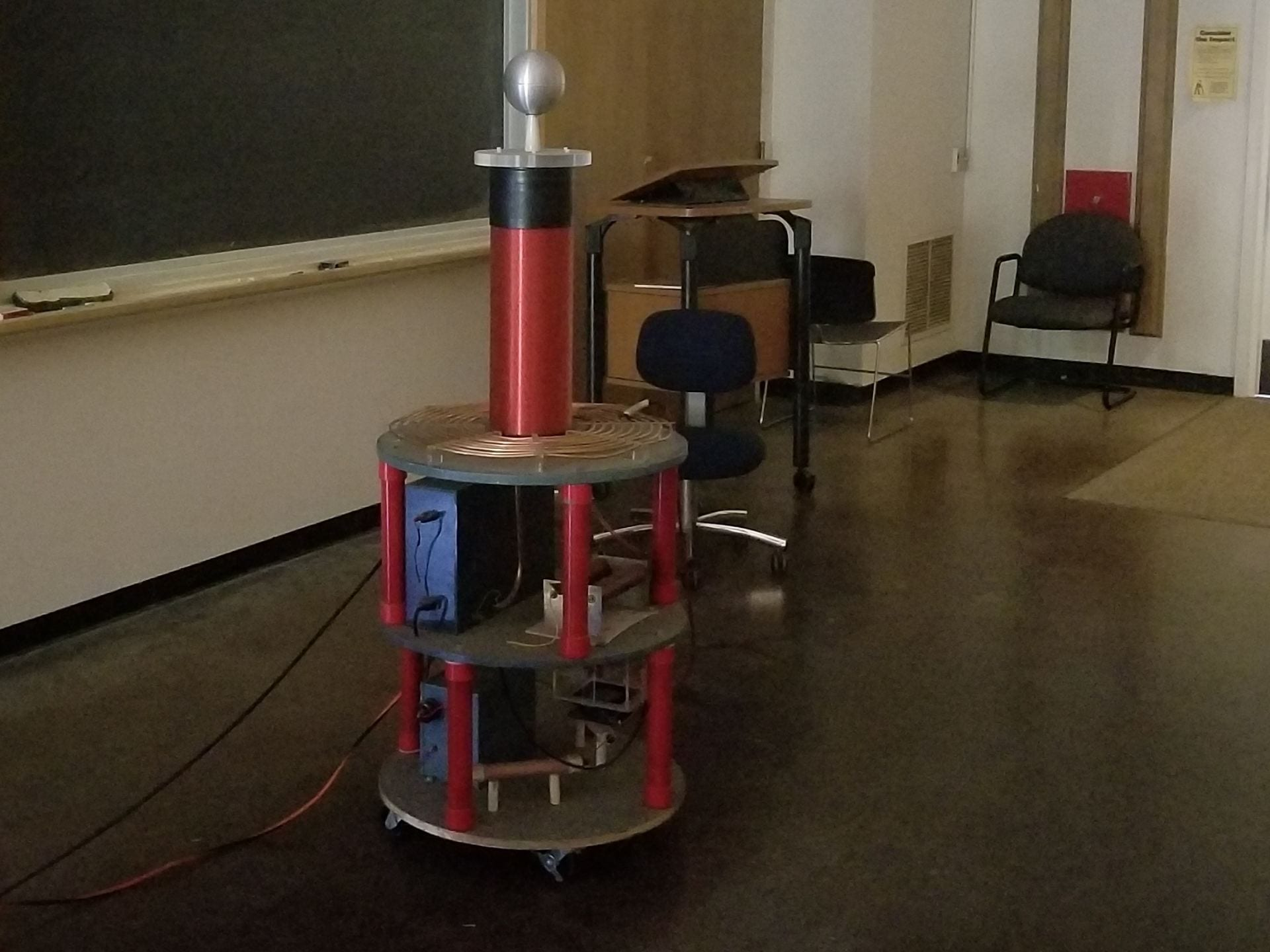 Tesla Coil Ucsc Physics Demonstration Room High Frequency Solid State Circuit Figure 8 Our In Thimann 3