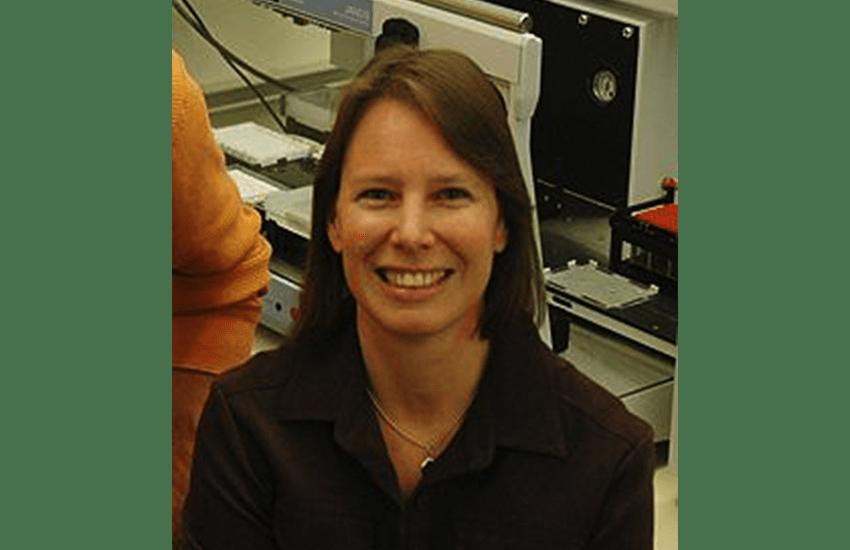 Nadine Gassner receives 2010 Ellen Weaver Award for mentoring women in science