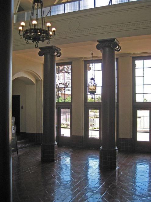Lobby, PED Lobby - interior