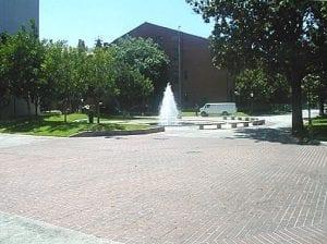 Quad, Crocker Plaza Quad area exterior fountain