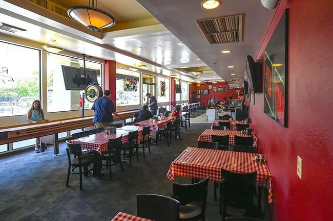Restaurant, Rosso Oro's Pizza