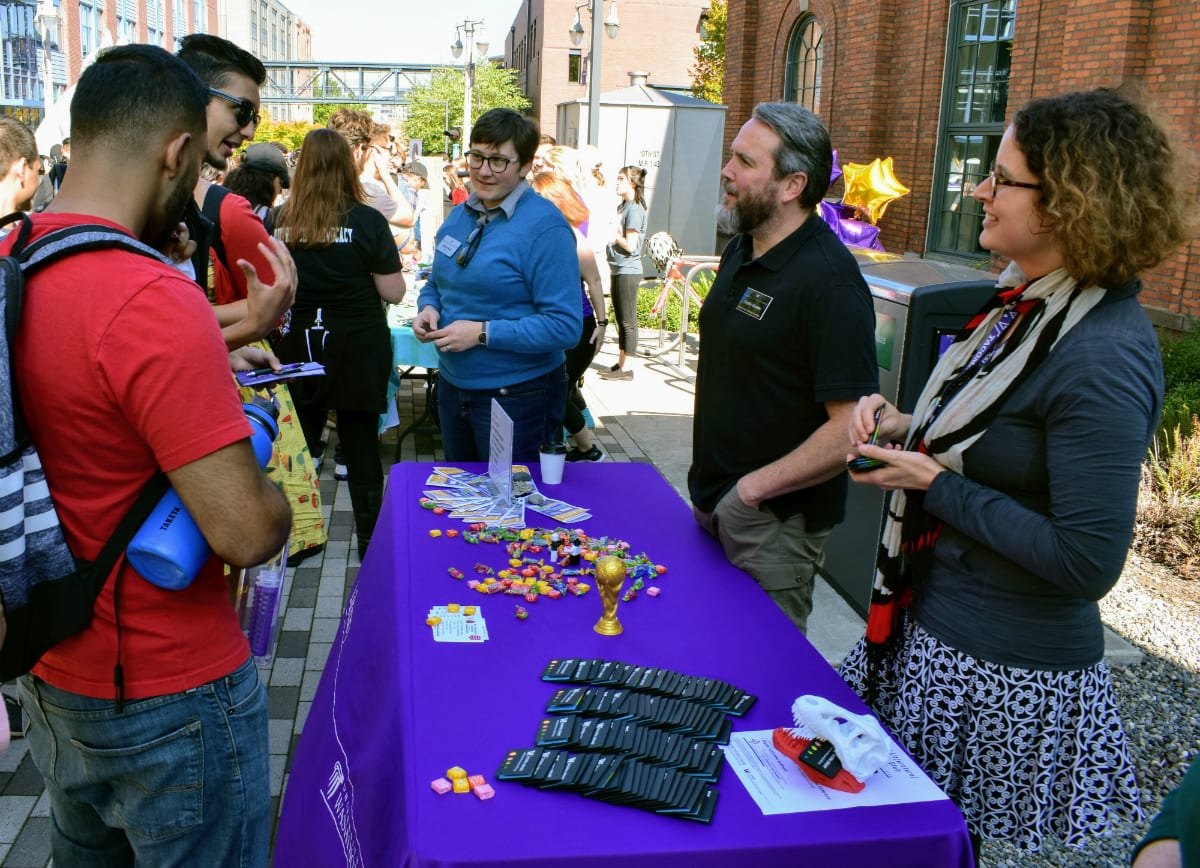 Photo of UW Tacoma Library Staff at Student Involvement Fair