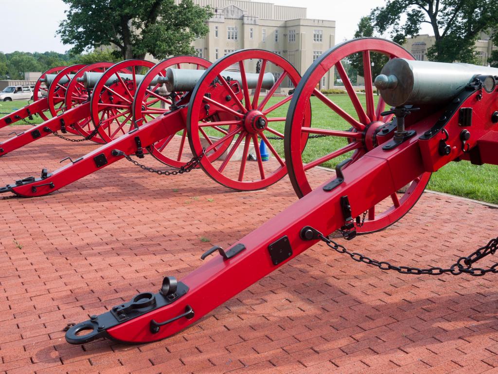 VMI_Cannons