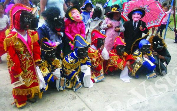 Performing Race and Gender in the Andes