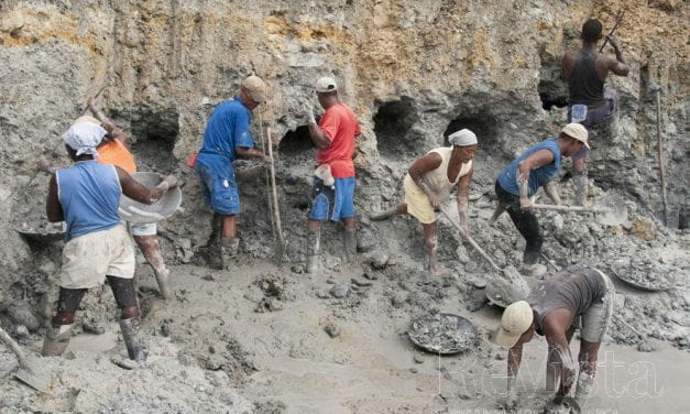 Mining Challenges in Colombia's El Choco
