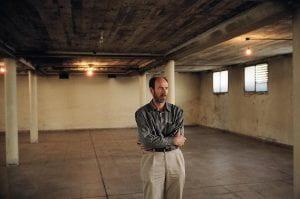 Photo of Juan Mandelbaum in the empty ESME basement.