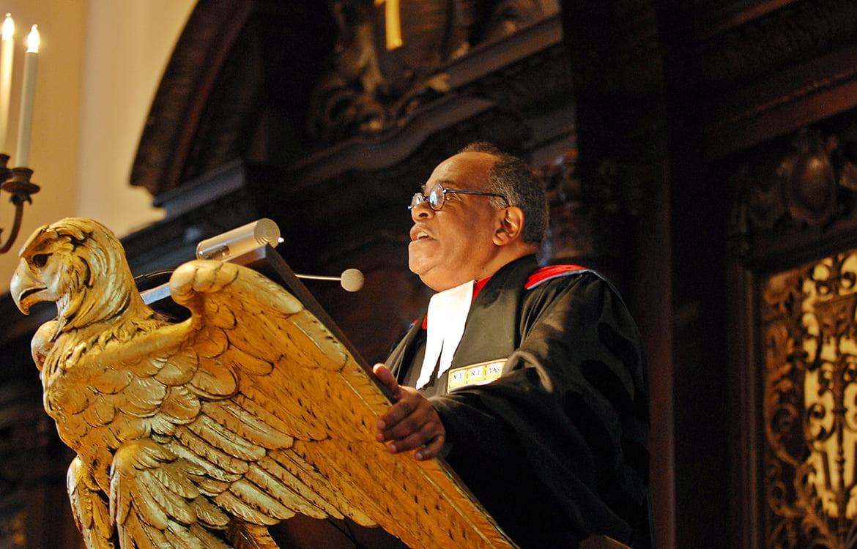 Peter Gomes preaching at the lectern of Harvard's Memorial Church
