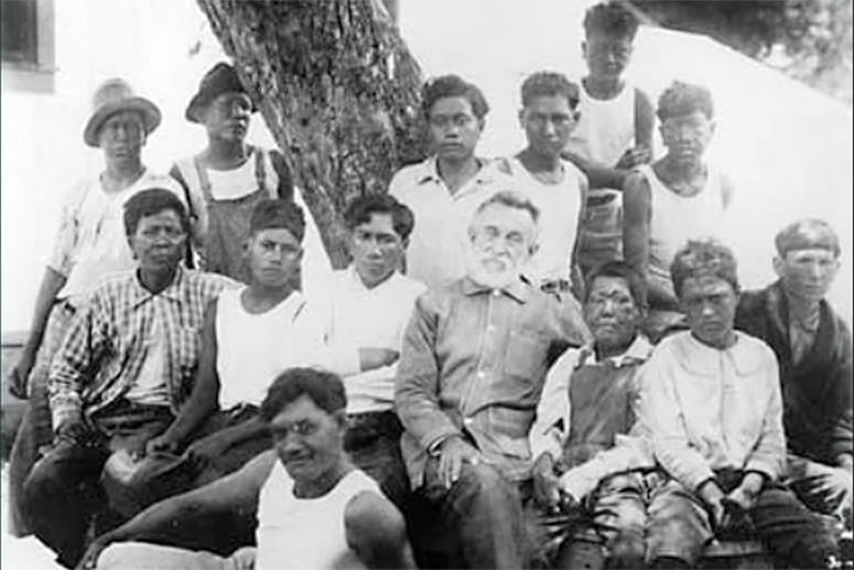 Group photo Kalaupapa leper colony patients