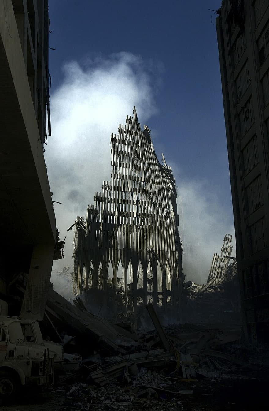 Photo of the building's skeletal remains in the ruins at the world trade center