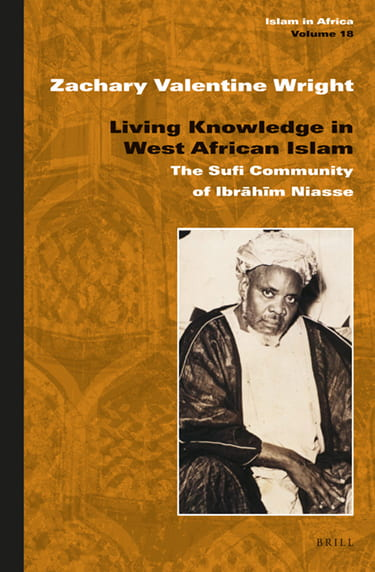 Book cover of Living Knowledge