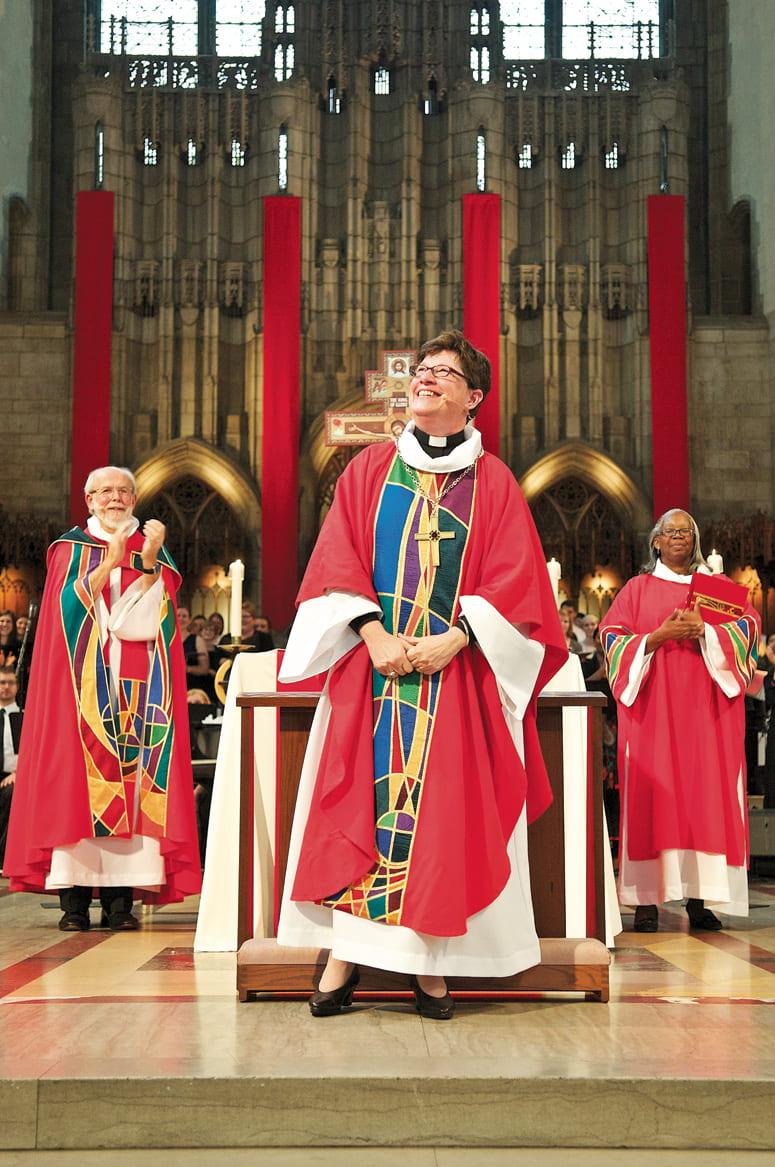 Rev. Eaton during her installation ceremony