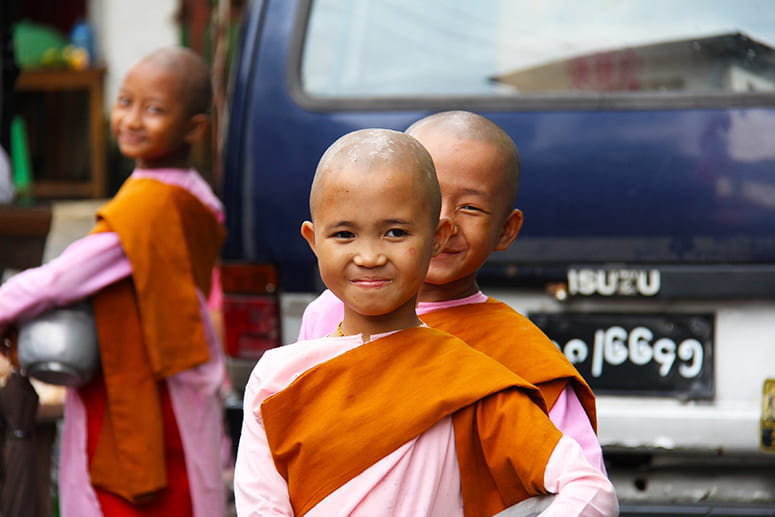 Photo of young nuns in Myanmar