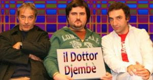"""tre uomini e scritta """"Il dottor Djembè"""""""