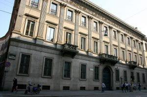 Facciata di un palazzo di Milano
