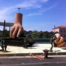 Opera surreale della Biennale di Venezia