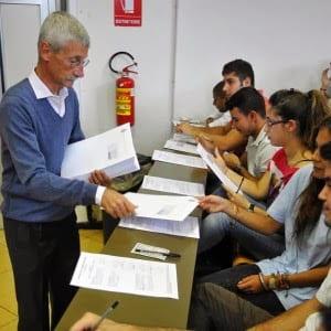 In Italia i prof più vecchi del mondo.