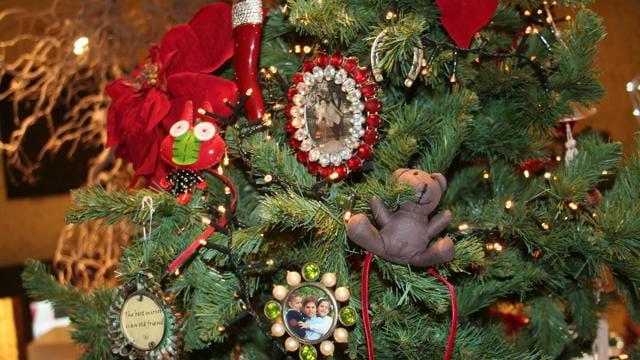 A Natale va l'albero amarcord