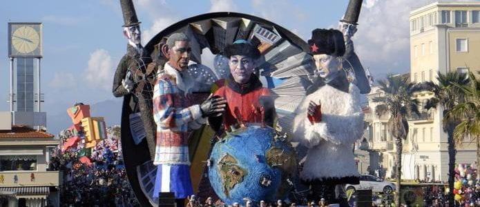 Oggi martedì grasso: l'Italia si mette in maschera