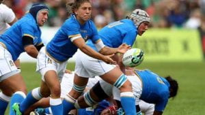 Donne che giocano a rugby