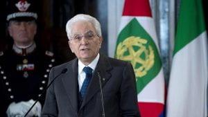 Il Presidente Mattarella che parla.