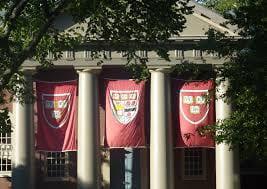 Gli studenti di Harvard ispirati da Italian News Clicks