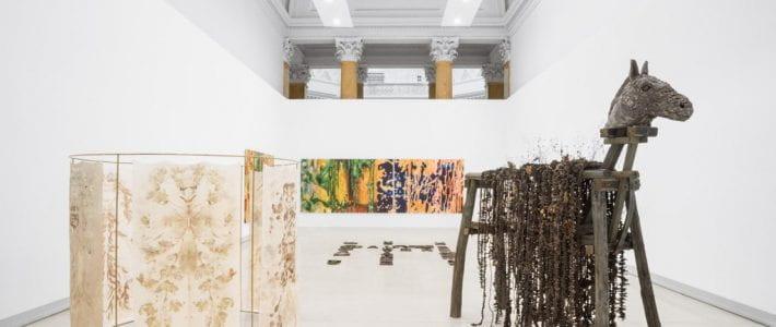 Uno sguardo diverso sull'arte contemporanea italiana